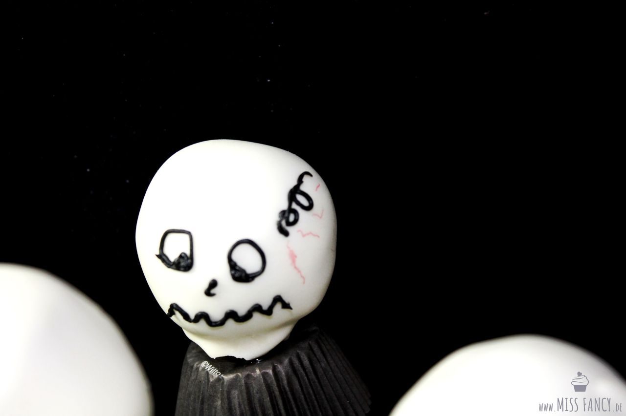 Rezept-Halloween-Cake-Pops-Jack-Skellington-Missfancy-Foodblog