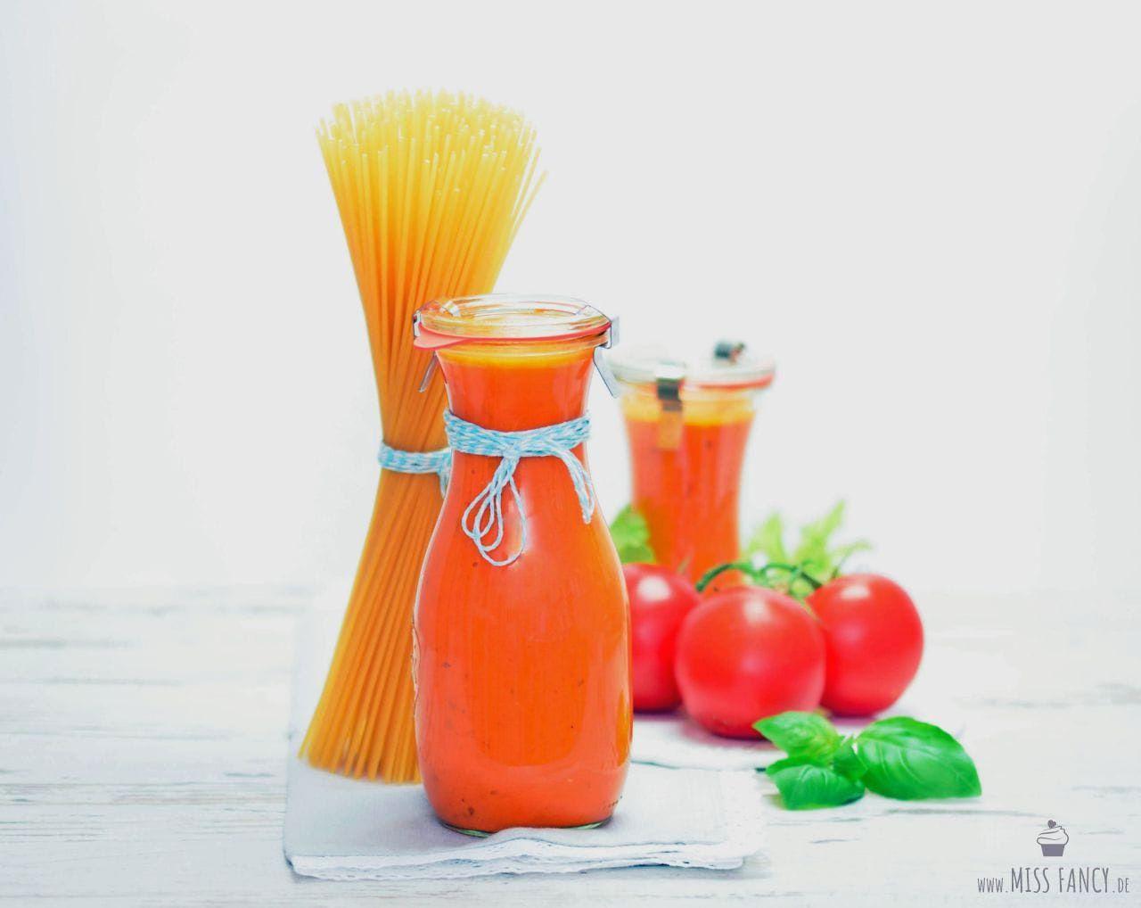 Selbstgemachte frische Tomatensoße mein Grundrezept missfancy
