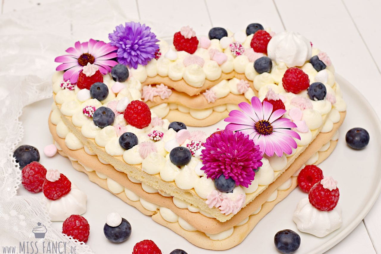 Herztorte - Lettercake