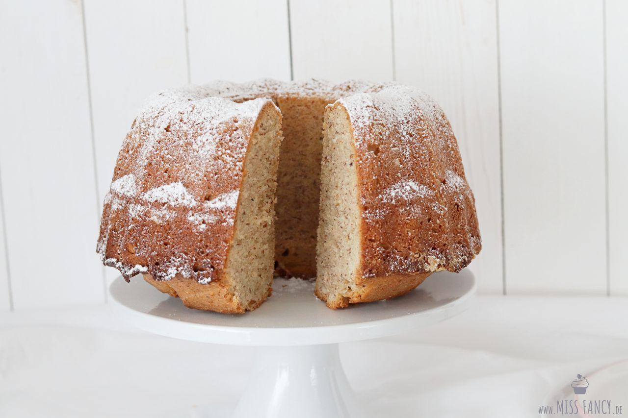 Rezept-Nuss-Gugelhupf-Dinkelmehl-Foodblog