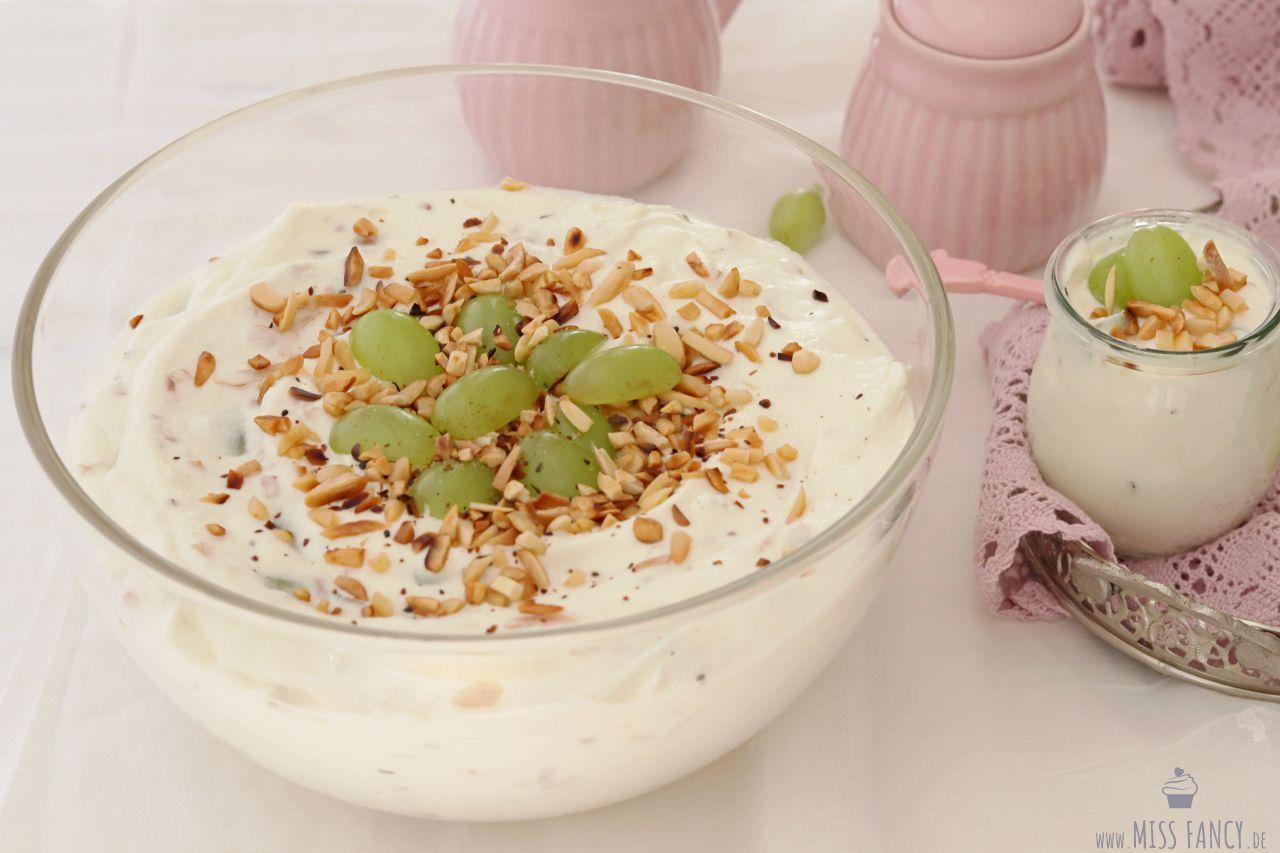 Rezept-Trauben-Krokant-Dessert-creme