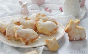 Süße Gebäck-Häschen zu Ostern