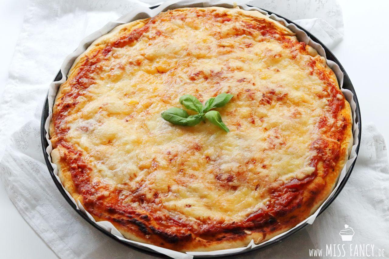 Pizzateig wie aus den USA | Miss Fancy - Rezepte für jeden Tag